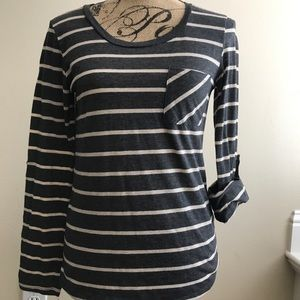 Cream and gray stripe tee with adjustable sleeves